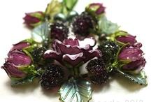 Beautiful Jewels / Jewelry box treasures