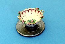 Miniature china and ceramics / in the Museum of Miniature Houses