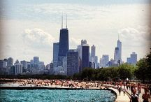 Chicago for Foodies / The best Chicago has to offer - from Chicago dogs to our favorite Mac and Cheese recipes! #Chicago #foodies tour!
