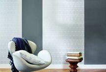 Dekoration / Erst die Dekoration macht Räume wohnlich. Es sind die kleinen Dinge, die eine individuelle Einrichtungsnote betonen und Akzente setzen. Dabei darf Schönes natürlich auch nützlich sein. Wir zeigen aktuelle Trends, Messeneuheiten und zahlreiche Beispiele für eine gelungene Dekoration im Interior-Bereich.