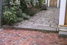 Pavers, stones and other floor patterns / Bricks stones and wood