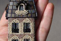 Beads  ;) -ooo<0O0>ooo-