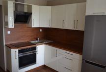 Kuchnia brązowo kremowa / Kuchnia kremowa lakierowana na wysoki połysk.