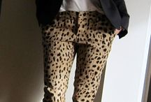 red white leopard