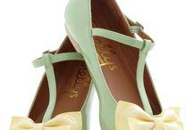 Flat shoe / Flat shoes,  sandals