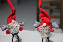 xmas gnome and santas