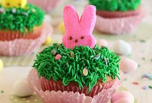 Cupcakes / by Elaine Didelot