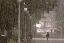 Lluvia / La lluvia es el llanto del cielo.