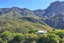 Die Laaitjie / The perfect place for a weekend of peace and quiet away from the hustle and bustle of city living. Only 2 hours drive from Cape Town, Die Laaitjie is set between the mountains in a valley with a river flowing through it, gorgeous views in all directions, country living and very limited cellphone reception (which is just great!).