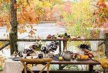 Jardins d'automne / L'automne tout comme le printemps permet à nous, mortels, d'apprécier dans sa totalité ce monde végétal qui est devant nous.  Avec des couleurs flamboyantes parfois venues d'ailleurs, nous avons devant les yeux des feuillages d'un jaune d'or, d'un orange de feu ou d'un rouge profond. La suite de cet article sur notre blog https://petale-de-carreaux.fr/jardin-dautomne