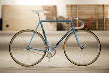 Kerékpárok/Biciglik (Bikes/Bicycles)