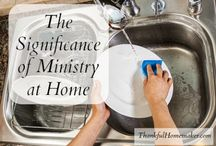 Thankful Homemaker Blog / Christian Homemakers living everyday to bring glory to God.  Encouragement for wives, mothers and homemakers.