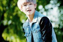 Kim Taehyung | V |