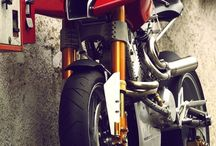 2 wheels and 1 motor / motorbikes
