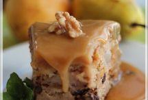 Gâteau aux poires, glaçage au caramel