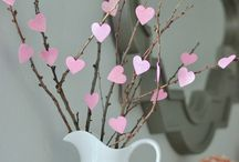Valentine's Day Crafts & Decor / fun DIY crafts and decor for valentine's day