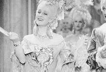 Marie-Antoinette gifs (1938)