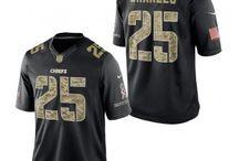 Kansas City Chiefs Apparel / Kansas City Chiefs jerseys, apparel, merchandise, and more. from Fanzz.com