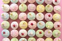 Cute cakes / by Amanda Robnett Lloyd