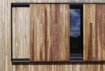 fasada okna zaluzje