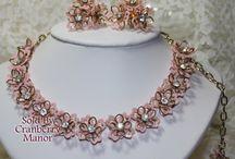 ⚜ Vintage Plastic Jewelry ⚜