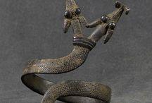 Jewellery Bracelets / by Letticia