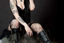 Gothic Cosplay girl