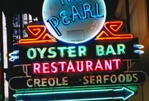Neon and Cool Signs / Neon