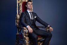 Nadie supera a este Crack, #CristianoRonaldo rey de reyes. Los demás están por debajo. @JohnaGio