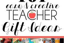 School + Teacher Appreciation Gifts / Teacher appreciation gifts.  School parties, back to school photo printables.