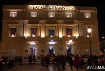 Carnaval de Málaga. / Emociones a flor de piel, risas a borbotones y muchas ganas de pasarlo en grande. Los disfraces y las coplas inundan las calles del centro histórico, que junto al buen ambiente, te harán pasar momentos inolvidables.