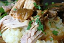 Crock pot cooking / by Hollie Tumosa