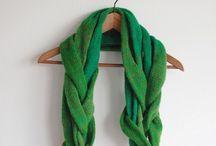 knits to love / by Sara Rivka Dahan