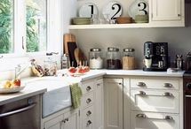 kitchens / by Ronda Hall