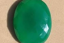 Green Onyx / Onyx died in rich green colour is green onyx. Green Onyx has all the properties of Onyx. Onyx is a banded variety of chalcedony. Onyx is formed in the gas cavities of lava.