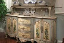 HAND PAINTED FORNITURE