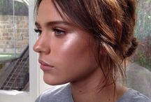 Glowing Highlighted skin / by TINte Cosmetics