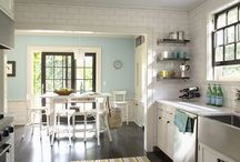 Beautiful Kitchens / by Emily Dub