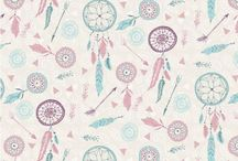 Fabric Freedom: Dreamcatchers / Drawing its inspiration from native American culture this range has feathers, arrows and of course dreamcatchers.  Gentle pastels and beautiful images make this fabric suitable for any project.