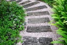 Trädgård gångar