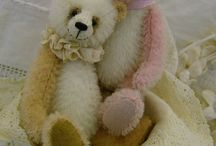 Essential Bears - Etsy / Teddy bear patterns and kits. A wide selection of artist designed miniature teddy bears and other creatures.
