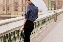 London Outfits / What to wear in London. Outfits for London. Travel outfits to wear in London, England.