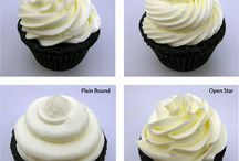 Cupcakes / by Allison Wiggins