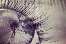 Creative minds /  To tøser som morer sig med kunsten at tegne .. 8-)