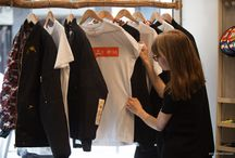 "Fashion Pop-up Store / ISI students créent le 1er Fashion Pop-up Store "" Street Heart ""  1 Fashion Event  /  72 heures d'ISI challenge  /  3 marques : Clip'n Go, GrâcelyParis, Louis Cochon  /  Au coeur du quartier Le Marais"