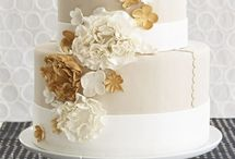Wedding cakes and other Deserts  / by Erica Heuer Brossard