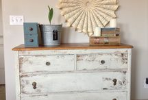 MILK PAINT V CHALK PAINT