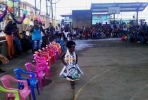 Actividades en Riosucio, Chocó / Desfile de reinas en los hogares comunitarios de Ricosucio, Chocó. Fotografías: Rosalbina Gallego. Mediadora de lectura Antioquia