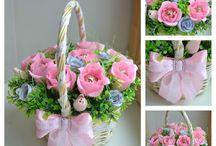 kwiatki w koszyczku