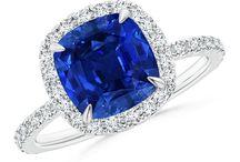 Jewellery - Elegant Pieces